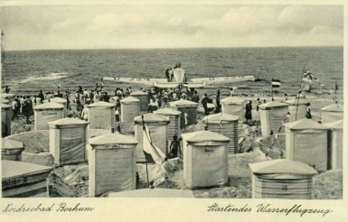 Wasserflugzeug am Borkumer Nordstrand